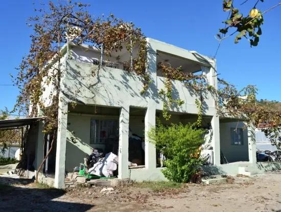 3 Apartments For Sale In Ta Eksiliyurt