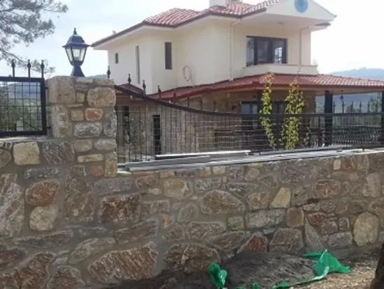 Ula Çıtlıkta Satılık Taş Ev