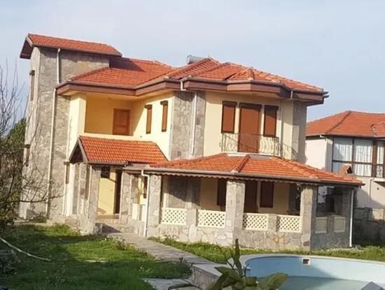 Okçular Da Satılık Yüzme Havuzlu Müstakil Villa