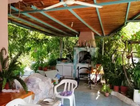 Döğüşbelende Satılık Köy Evi